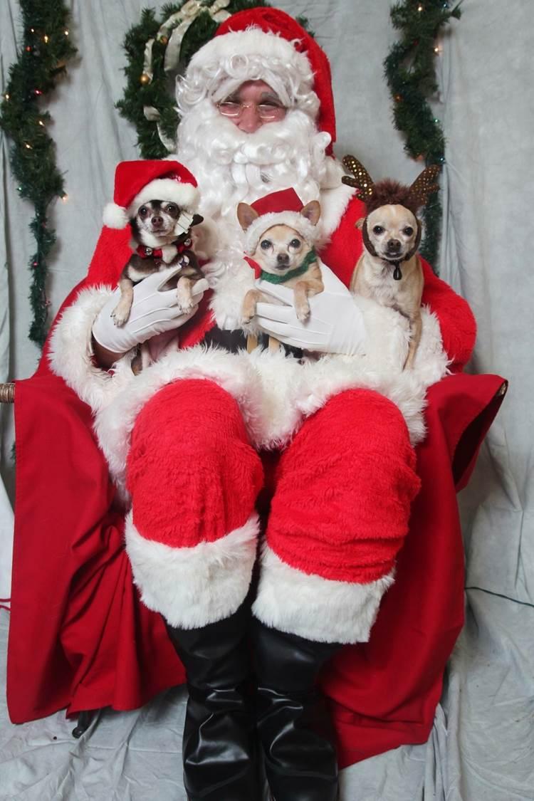 santa and the 3 chi'smen